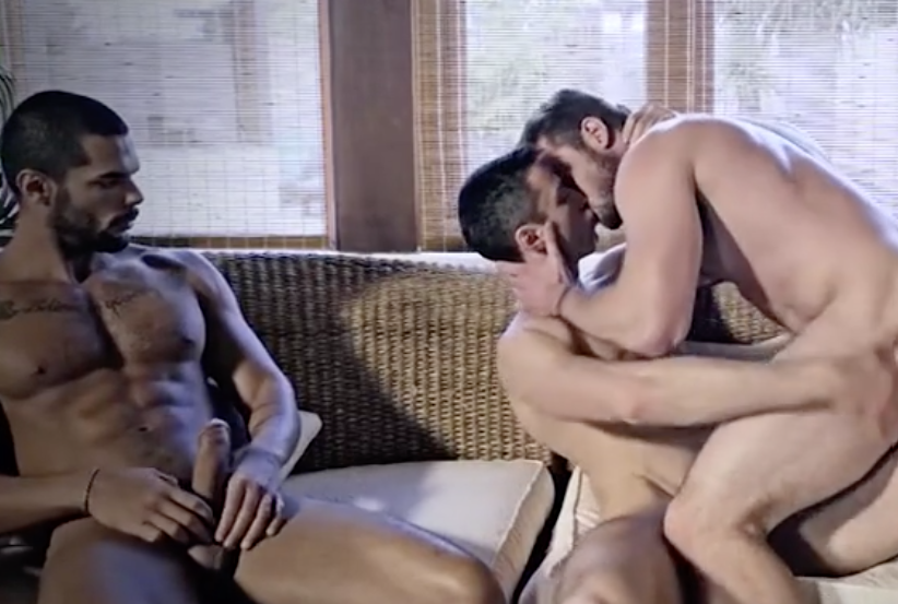 Cuckold video con creampie finale – Gifset