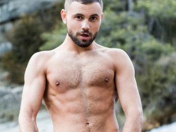 jeffrey-lloyd-xxx-czech-lucasentertainment-6