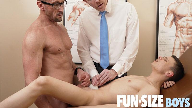 Austin-Young-Legrand-Wolf-Myles-Landon-Gay-Sex-Ultrasound-FunSizeBoys-v